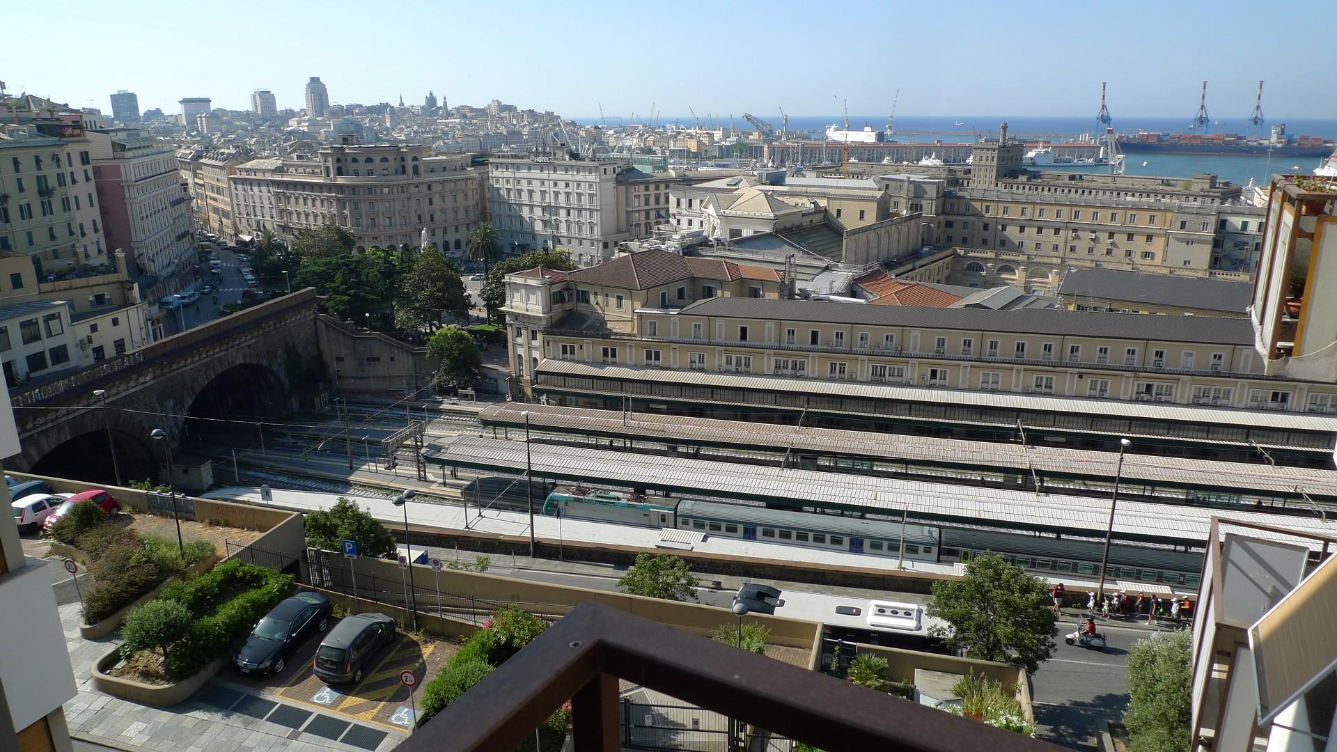 Foto 1 di Appartamento Salita della Provvidenza, Genova (zona Principe)